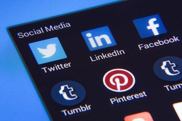 Coltiva i clienti sui Social
