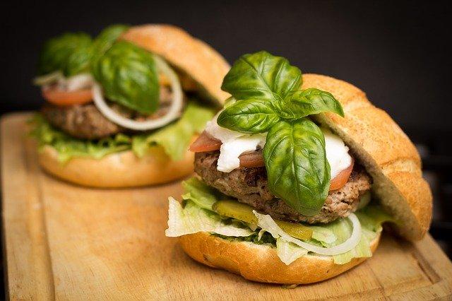 Come distinguere l'hamburger di qualità?